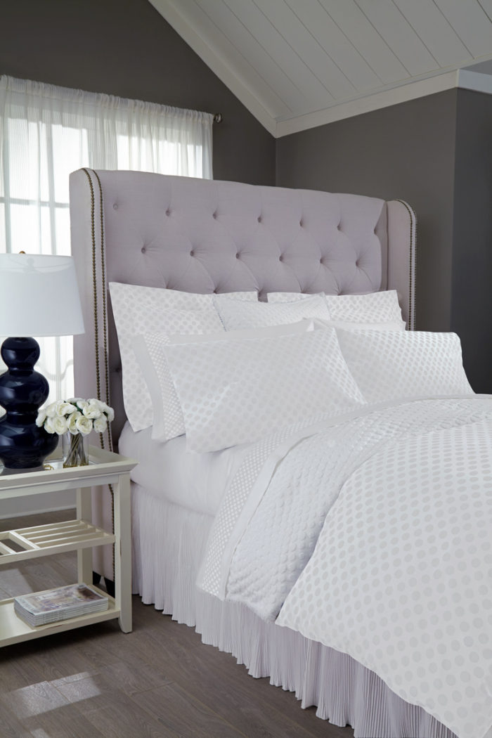 Dots_Bedding Ensemble_WHite