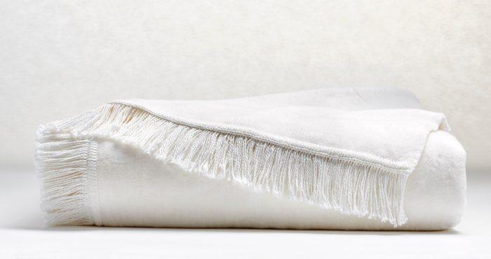 acrylic-cotton-throw-white